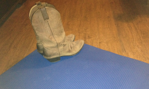 Farmtastic Photo - Yoga mat and cowgirl boots